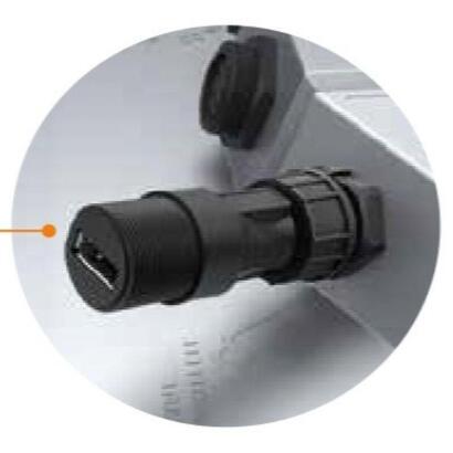 adaptador-torqeedo-usb-ip67-convertidor-de-toma-de-bateria-a-usb