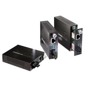 planet-fst-801-convertidor-de-medio-200-mbits-1550-nm-multimodo-negro