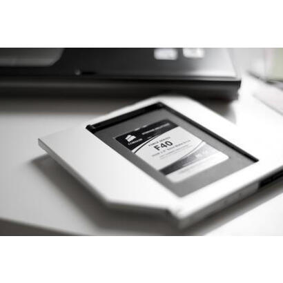 digitus-da-71109-marco-de-montaje-ssd-hdd-para-cd-dvd-blu-ray-sata-a-sata-iii-altura-127-mm