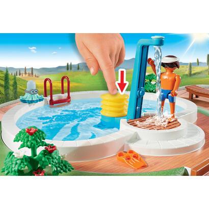 playmobil-piscina-con-familia-9422