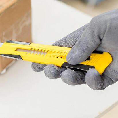 stanley-cutter-metal-plastico-con-hoja-de-9-mm