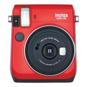 fujifilma-camara-instantanea-instax-mini-70-roja-espejo-junto-a-lente-flash-y-enfoque-automaticos